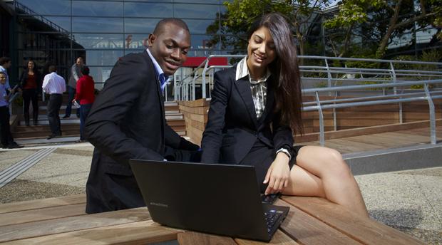 Etudiants de Télécom Ecole de Management
